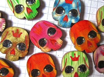 Pack of 12 Wood Skull  24mm x 20mm Cabochons Day of the Dead Sugar Skull Embellishments